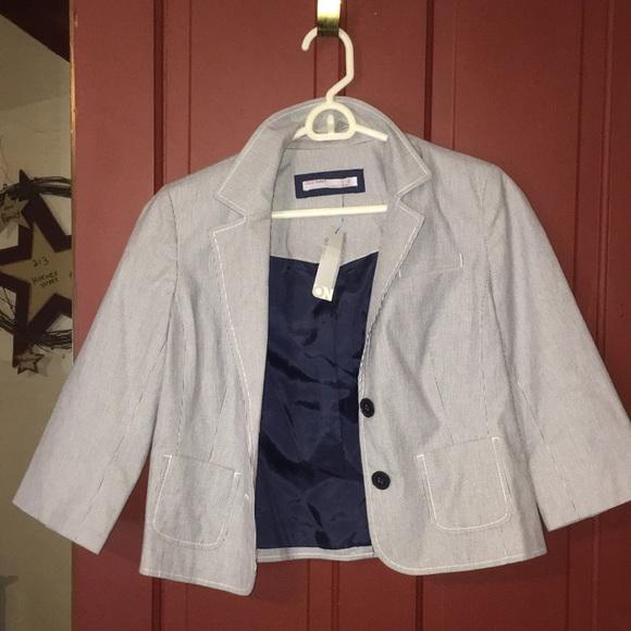 Fall essentials NWT Old Navy blazer cropped